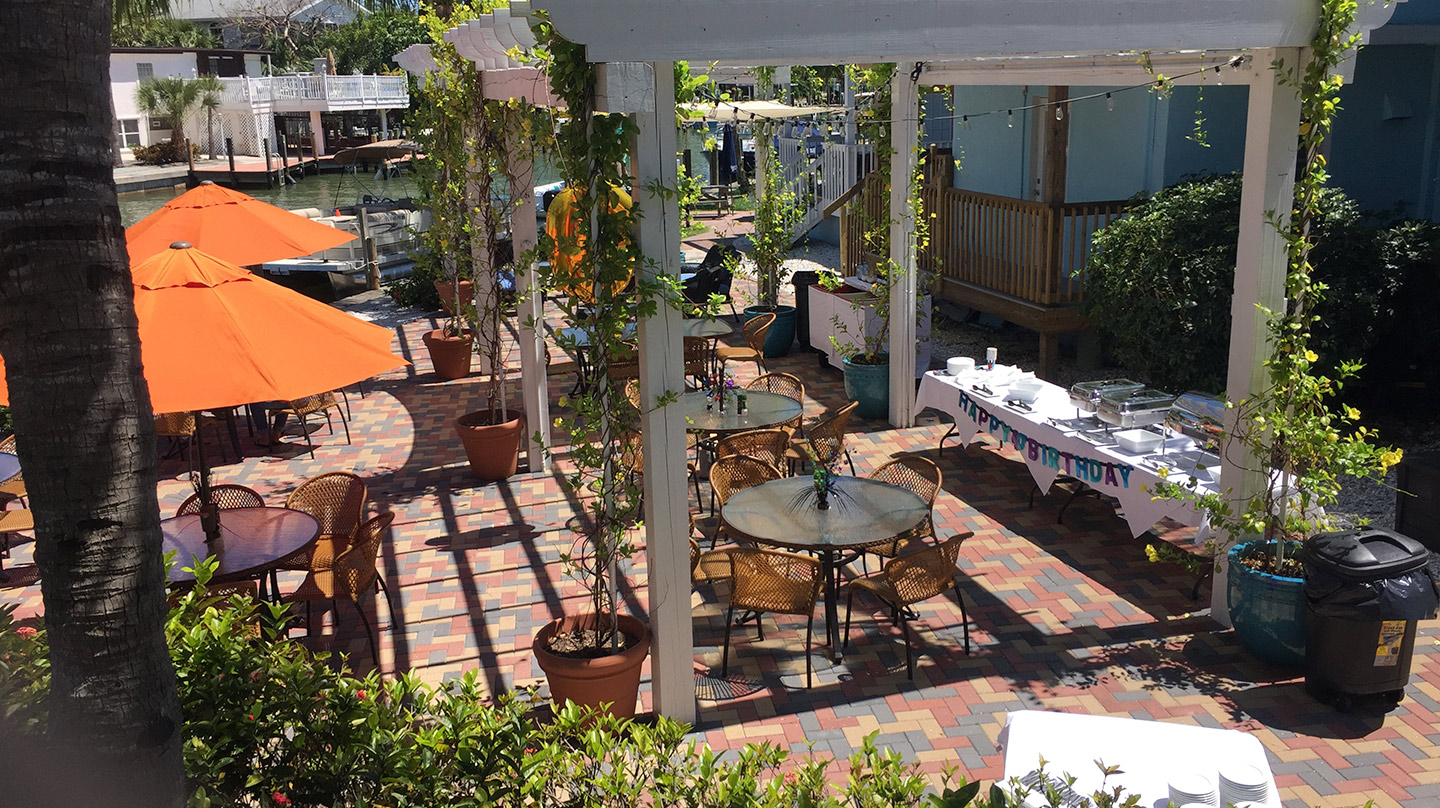 Private Parties on Fort Myers Beach - photo of outside seating area